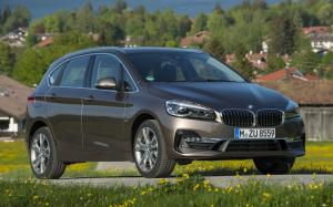 2018 BMW 220d Active Tourer Luxury Line (WW)